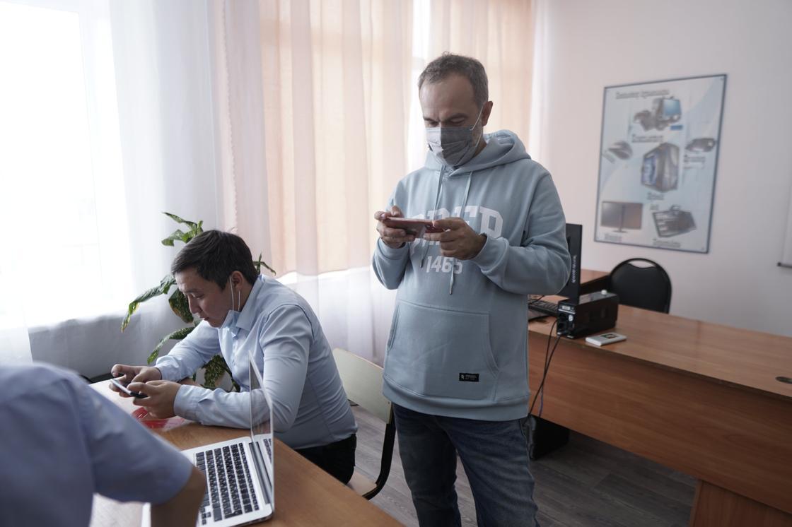 Юрий Харламов