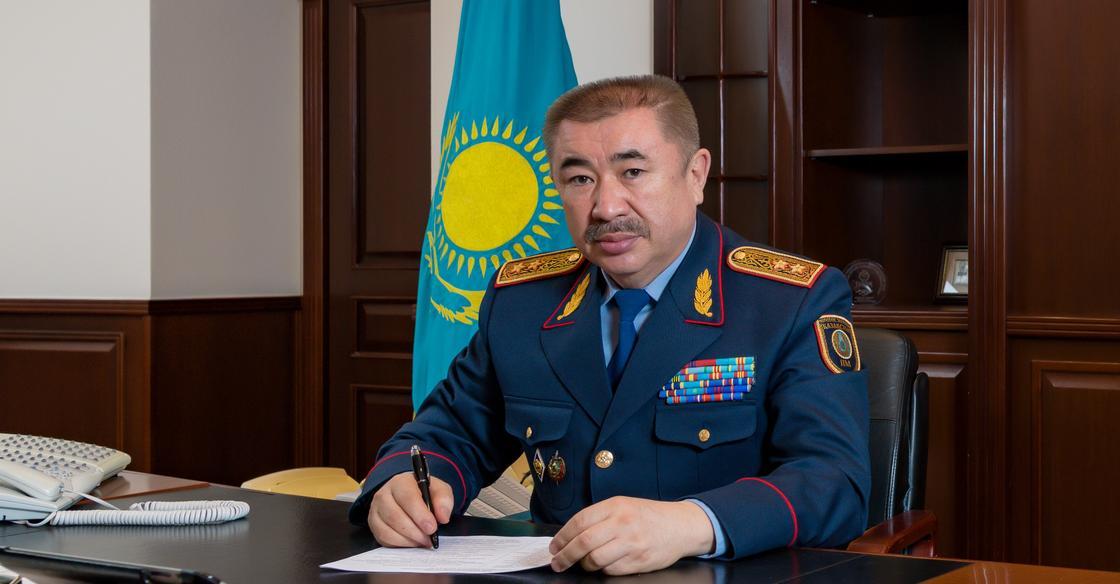 """Глава МВД ответил на сообщения о """"распылении биохимического оружия"""""""