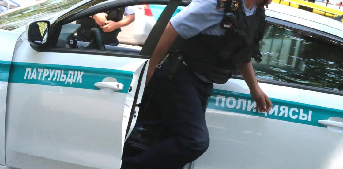 Прокурора задержали по подозрению в мошенничестве в Атырау