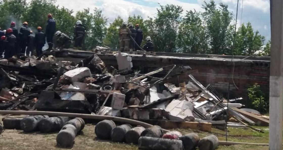 """""""Меня отбросило взрывной волной"""": пострадавшая при взрыве газа на СТО в Костанае"""