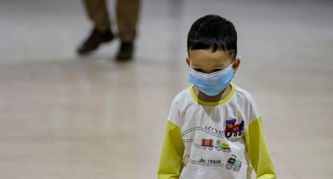 Коронавирус и дети: 12 вопросов о том, что грозит вашему ребенку