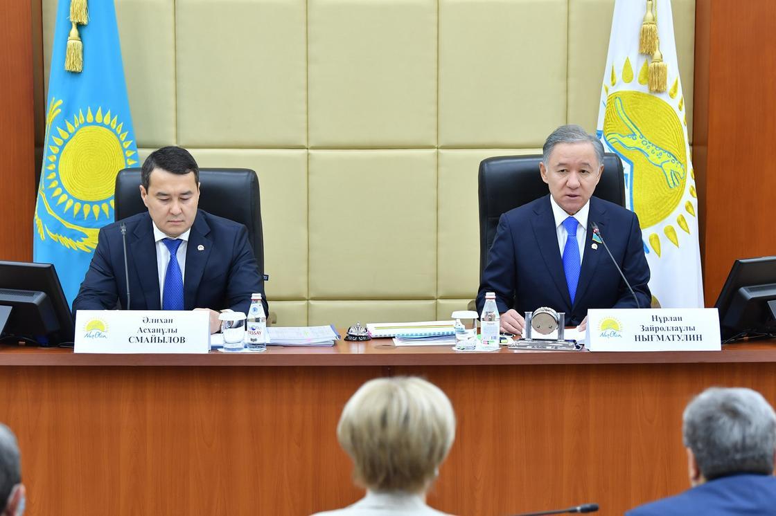 Алихан Смайылов и Нурлан Нигматулин