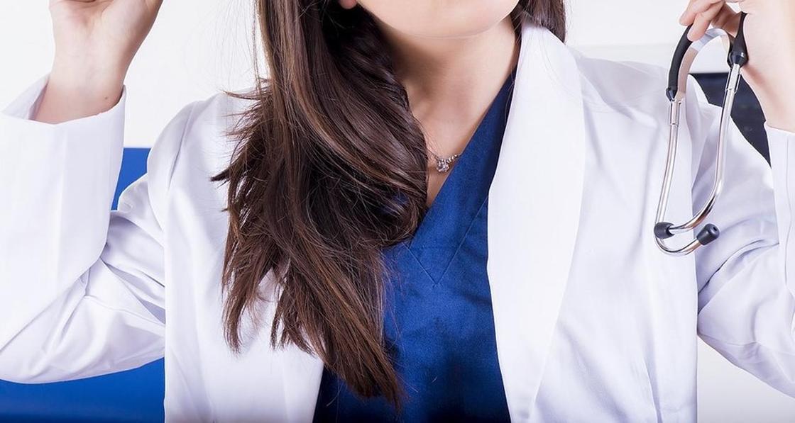 Женщину-врача изнасиловали, когда она приехала по вызову