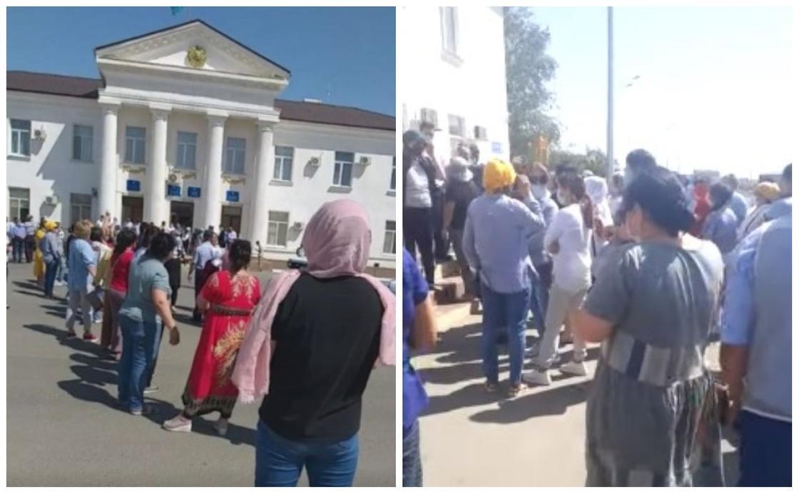 Құлсары тұрғындары талаптарын айту үшін әкімдік алдына жиналды (видео)