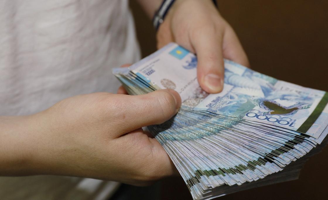 Жамбыл облысында дәрігерлер үстеме ақыларын басшылық иеленгенін айтты