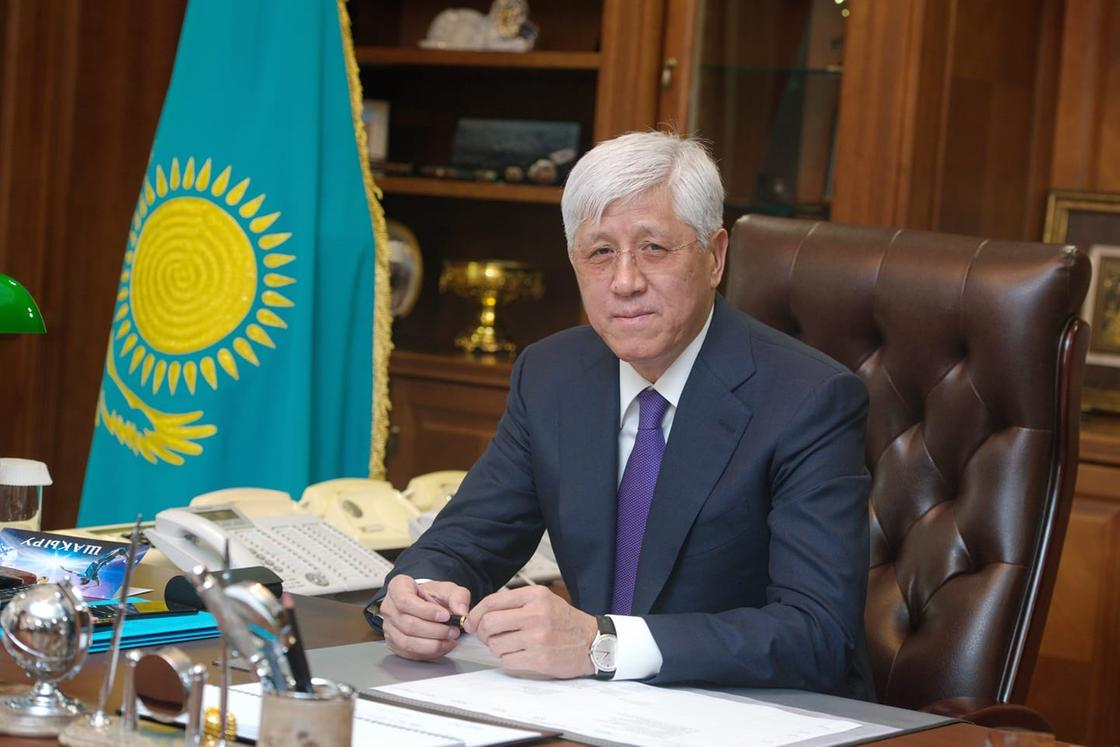 Аким Алматинской области заболел коронавирусом