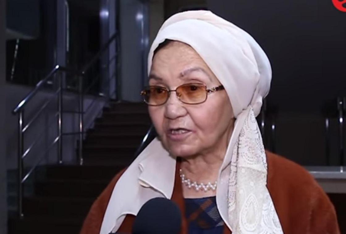 Зейнеп Ахметова. Видеодан кадр