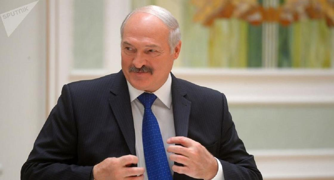 Лукашенко рассказал, у кого больше шансов заразиться коронавирусом