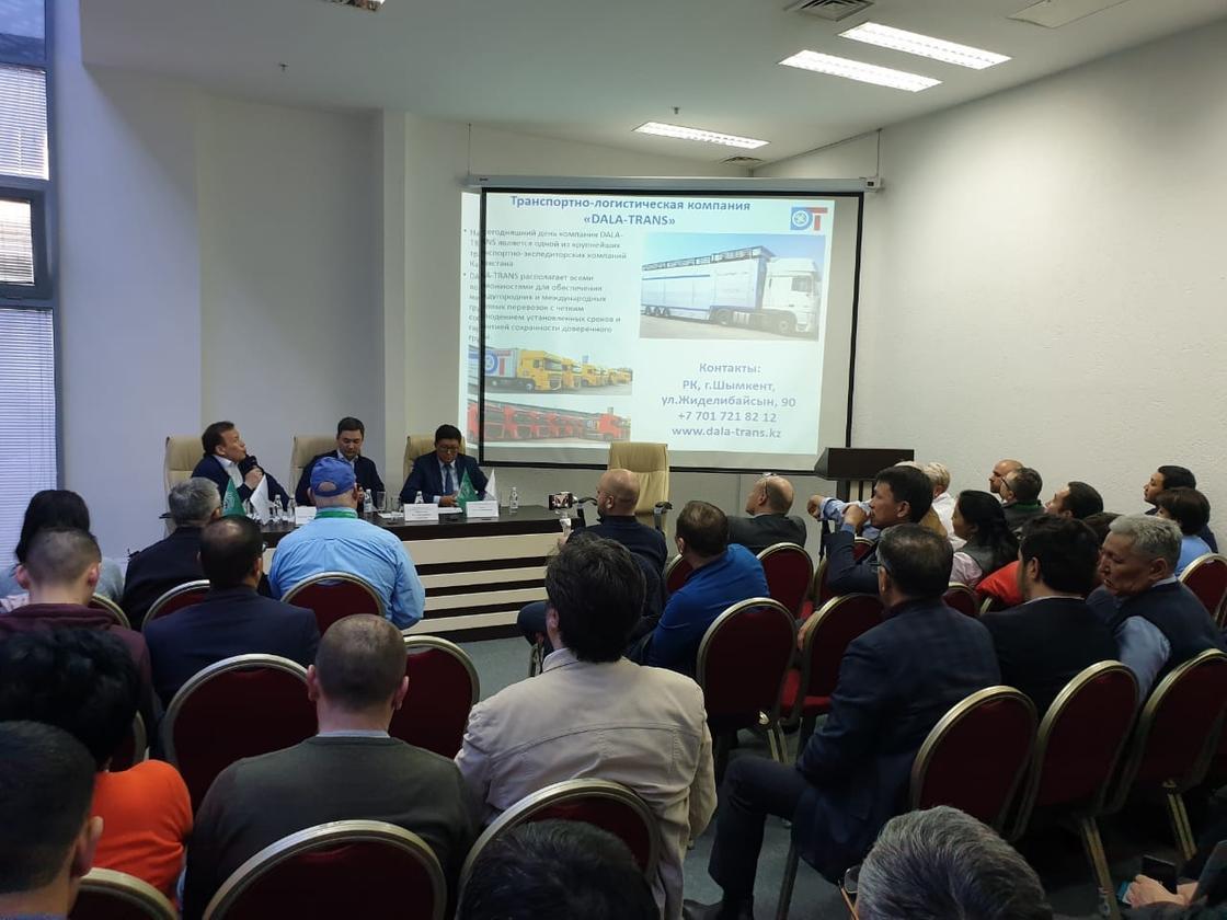 100 тысяч голов КРС будет завезено в Казахстан в этом году