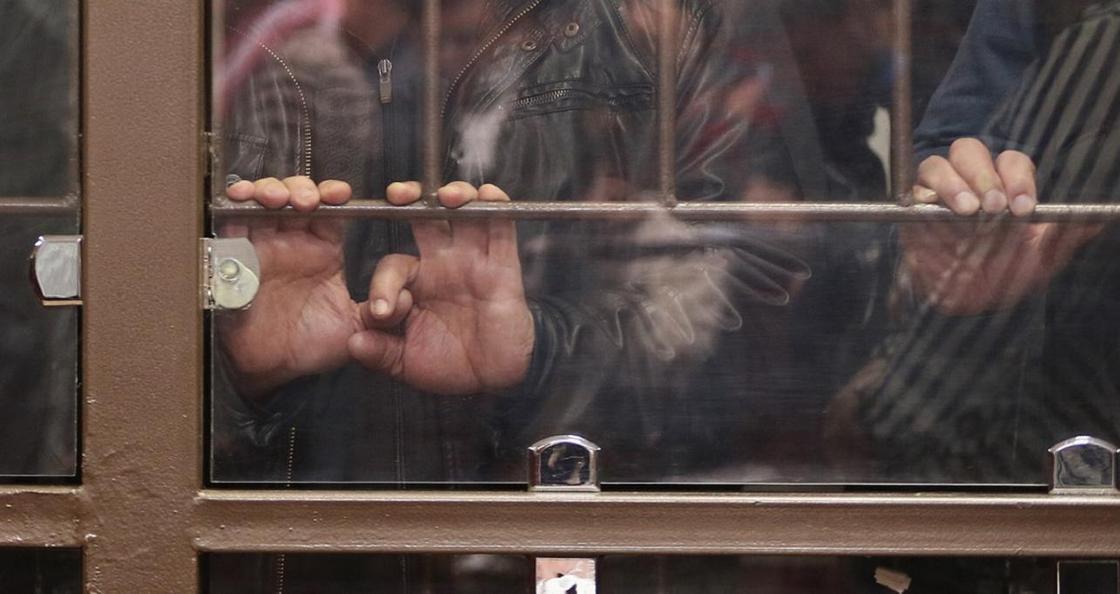 Экс-специалиста управления государственных доходов осудили в Шымкенте