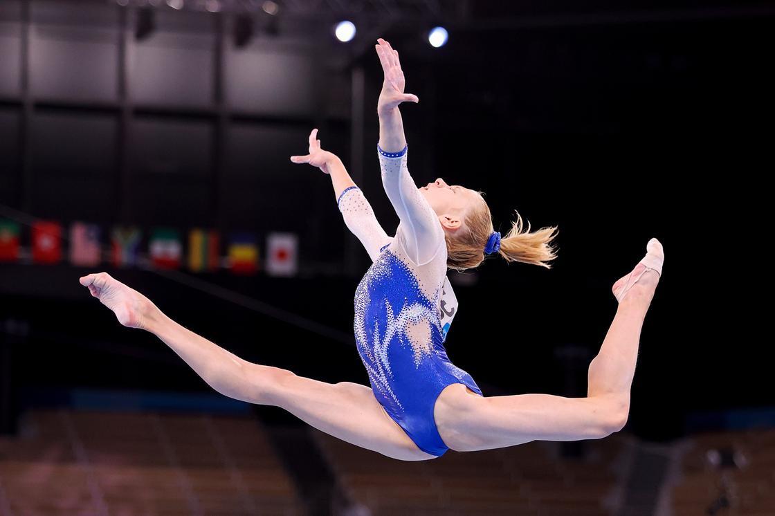 Гимнастка Виктория Листунова из России