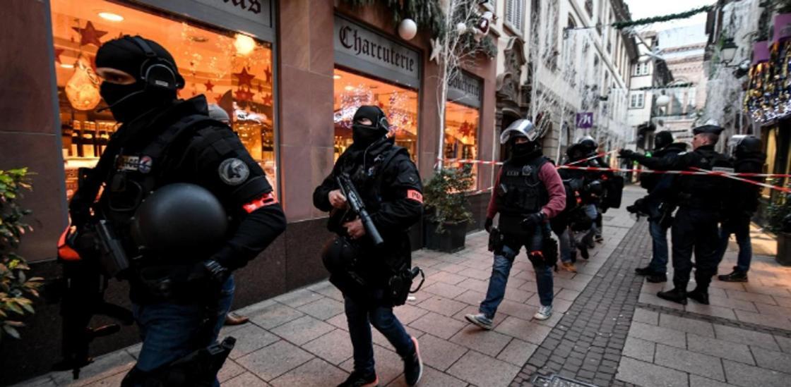 Мэр Страсбурга признал терактом нападение стрелка на мирных граждан