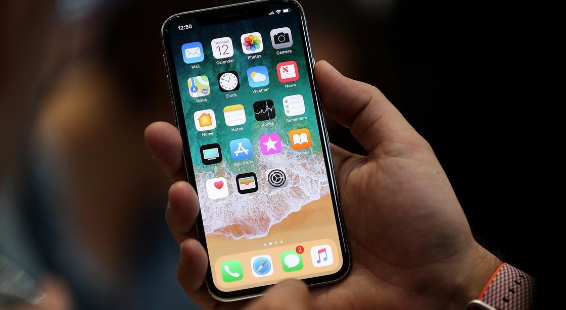 На iPhone проникли приложения с порно и азартными играми