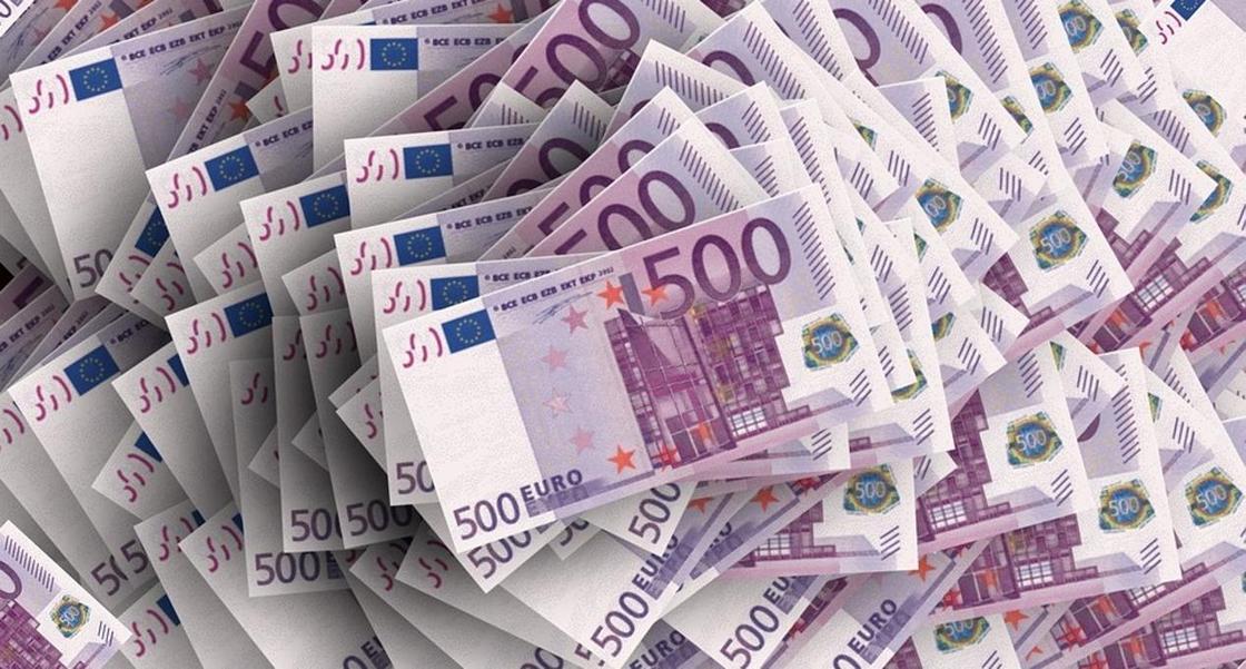 19 тыс. фальшивых евро пыталась сбыть группа мужчин в Костанае
