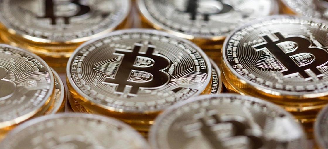 Две мошенницы из ВКО «заработали» 27 млн тенге «на биткоинах»
