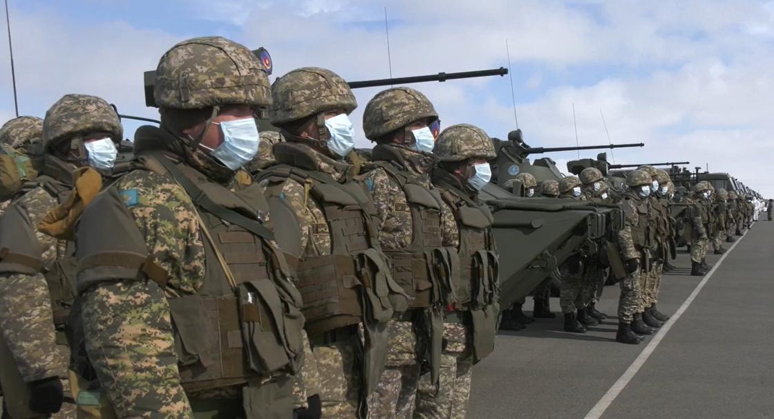 Военнообязанных призывают на специальные сборы: Токаев подписал указ