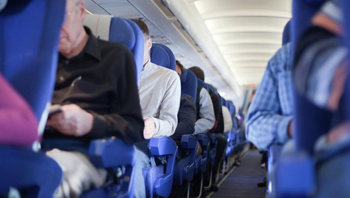 Пьяного россиянина сняли с рейса Air Astana в аэропорту Астаны