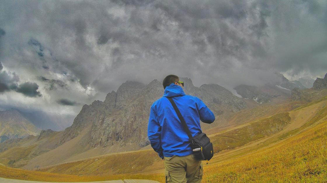 Мужчина в горах
