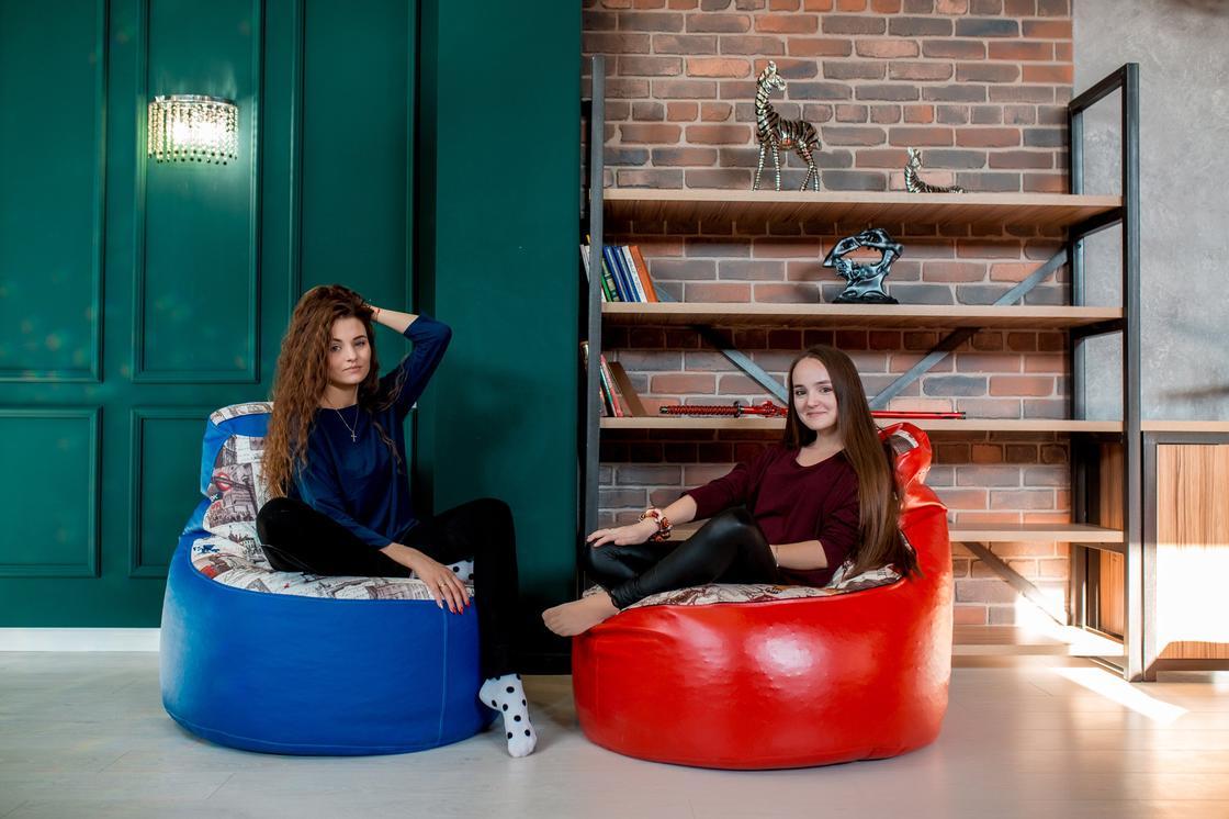 Удобными креслами-мешками предлагают казахстанцам обустроить свой дом и рабочее место