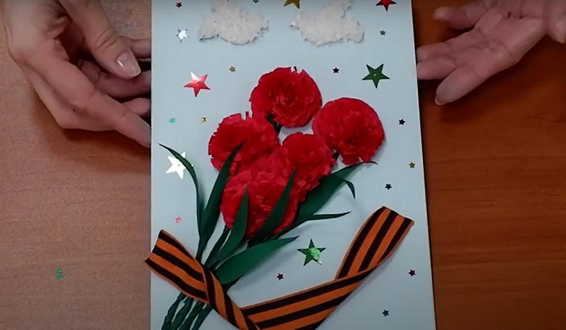 Объемная открытка на 9 Мая из бумаги