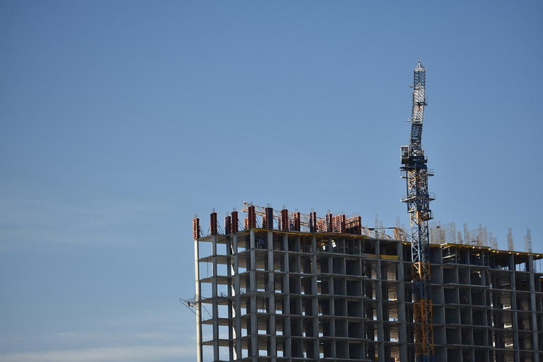 Казахстанцам рассказали, кто поможет при проблемах в долевом строительстве