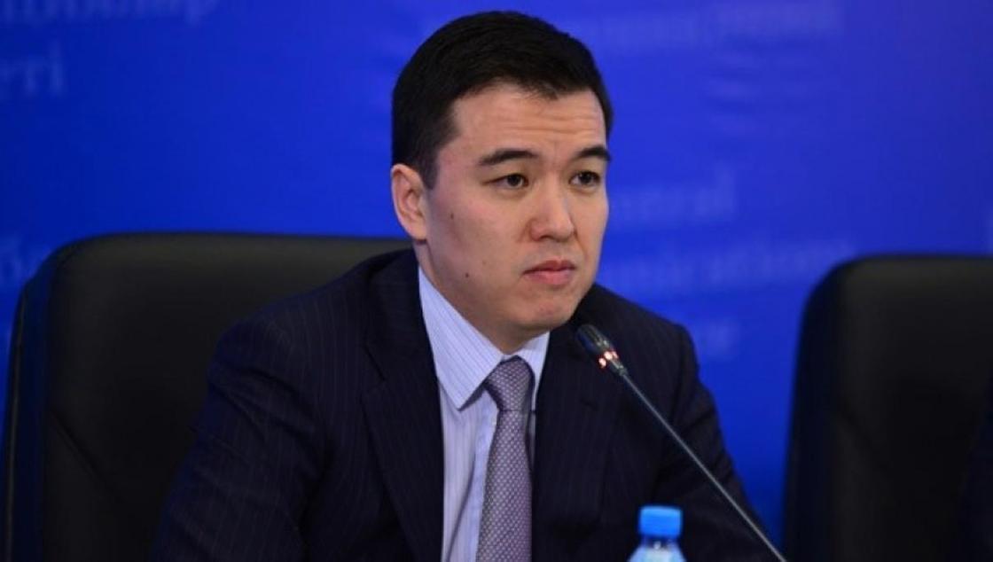 Даленов: Добыча нефти в Казахстане снизится на 1,4 млн тонн