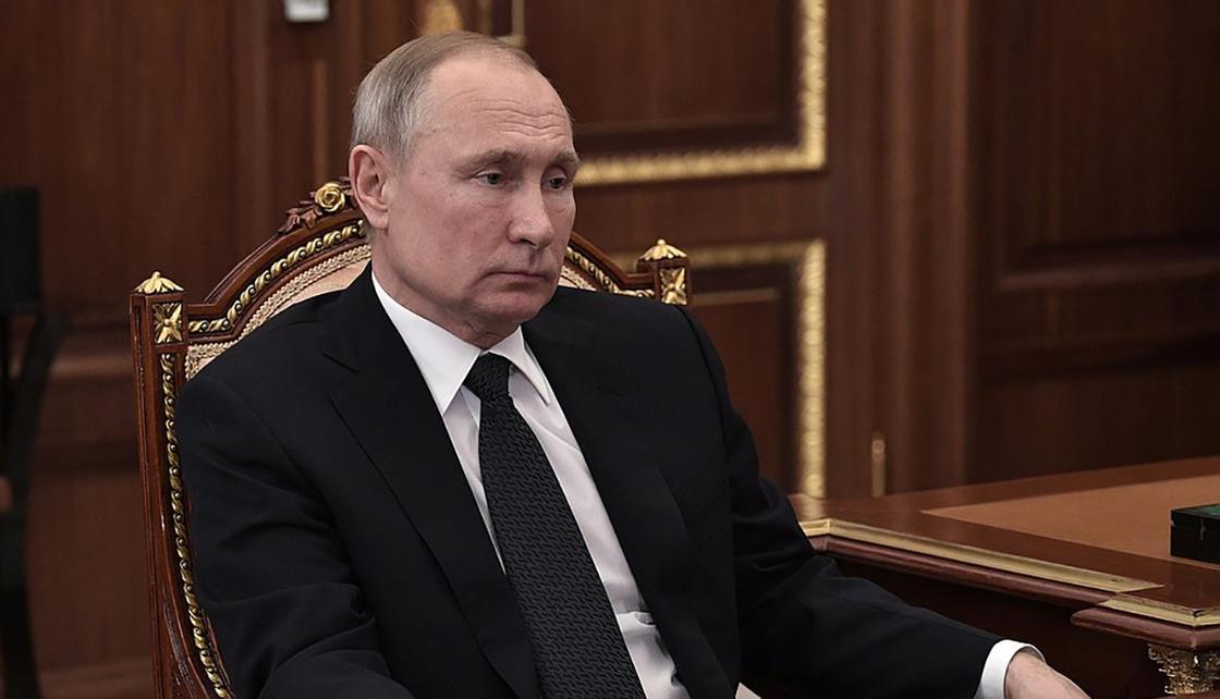 Путин: Режим нерабочих дней продлен до 30 апреля в России