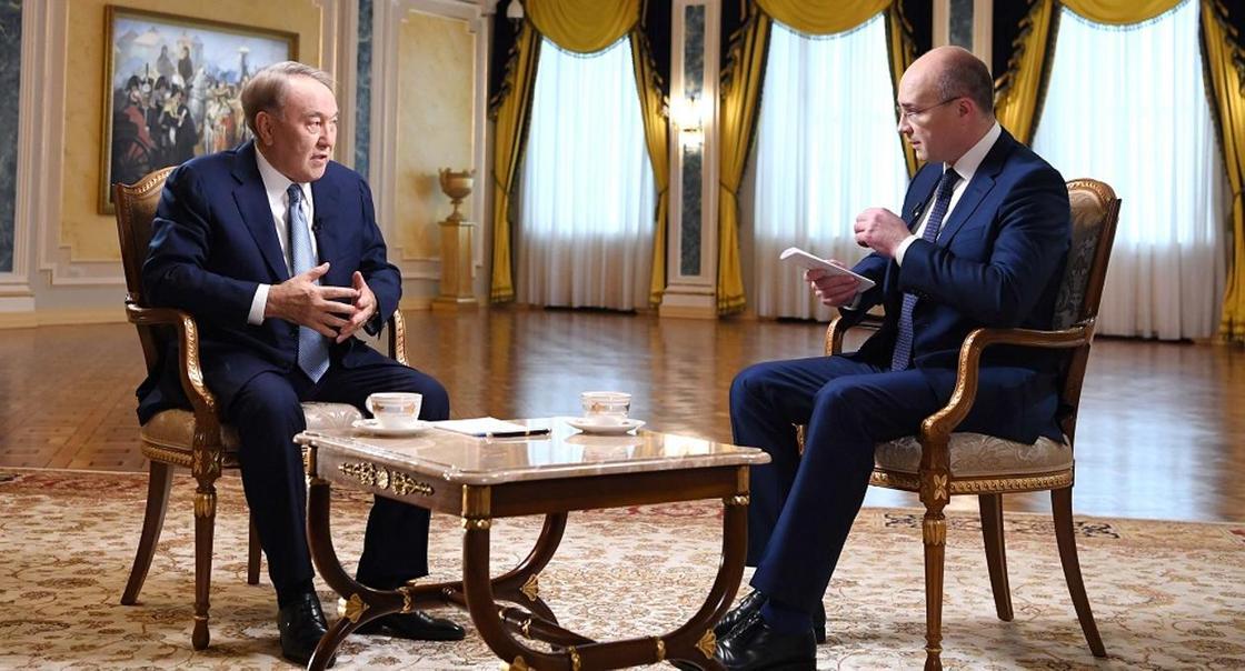 О схожести казахов с русскими и дружбе с Путиным рассказал Назарбаев