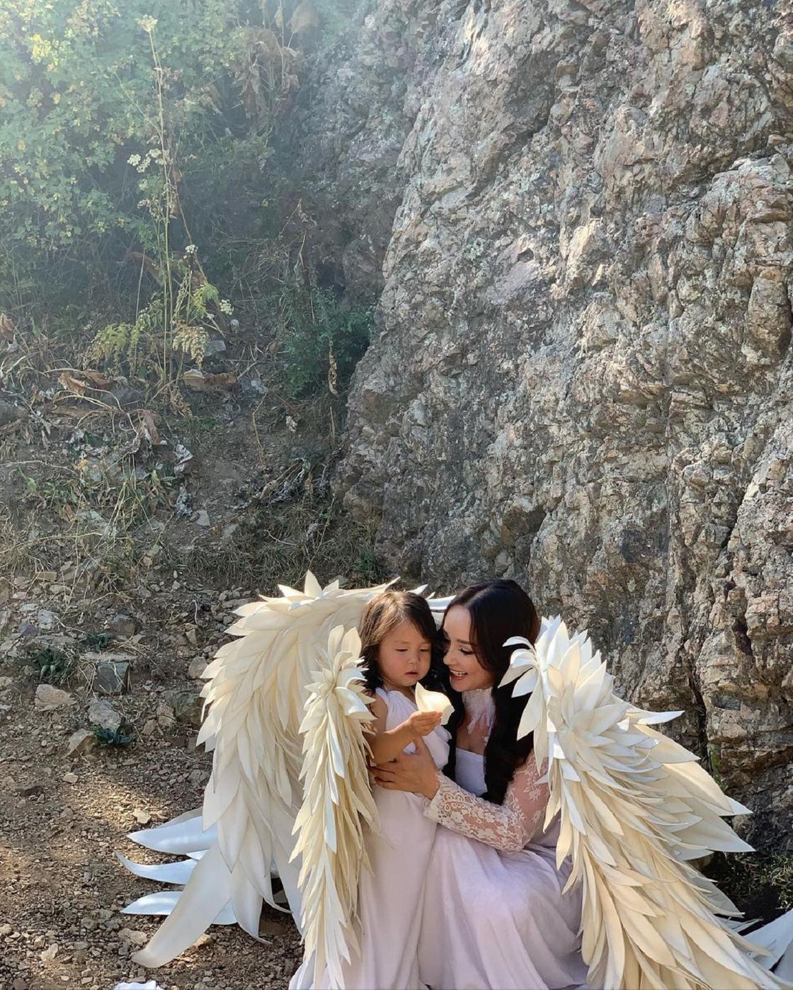 Жазира Байрбекова с дочерью