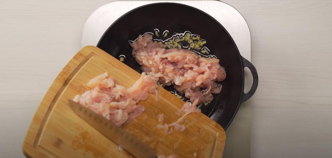 Обжарка мяса с имбирем