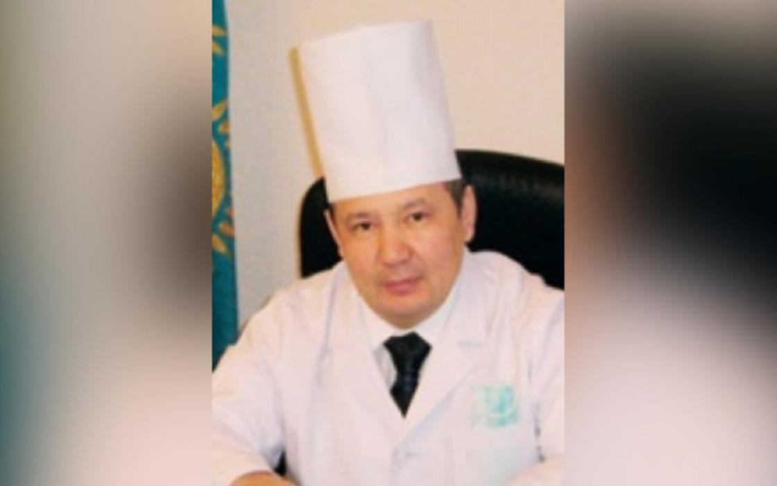 Главврач инфекционной больницы умер от пневмонии в Актобе
