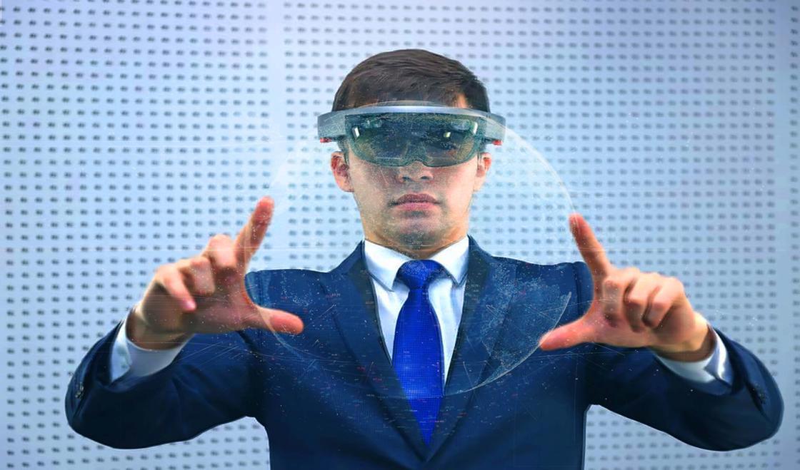 Ахметов: Цифрлық технологиялармен жұмыс істеу-біздің оқыту жүйесінің ажырамас бөлшегі