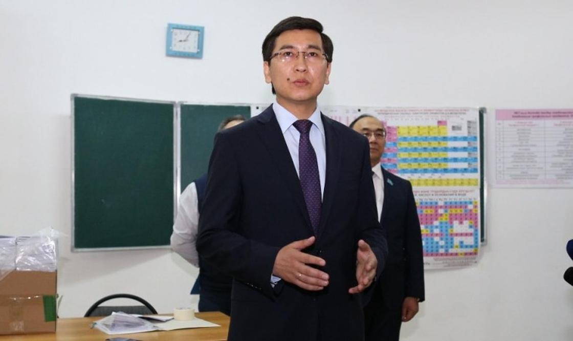 Скандал в МОН о плагиате диссертации прокомментировал глава ведомства