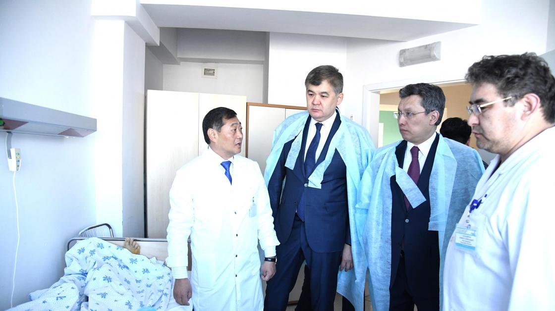 Бақыт Сұлтанов мен Елжан Біртанов. Фото: astana.gov.kz