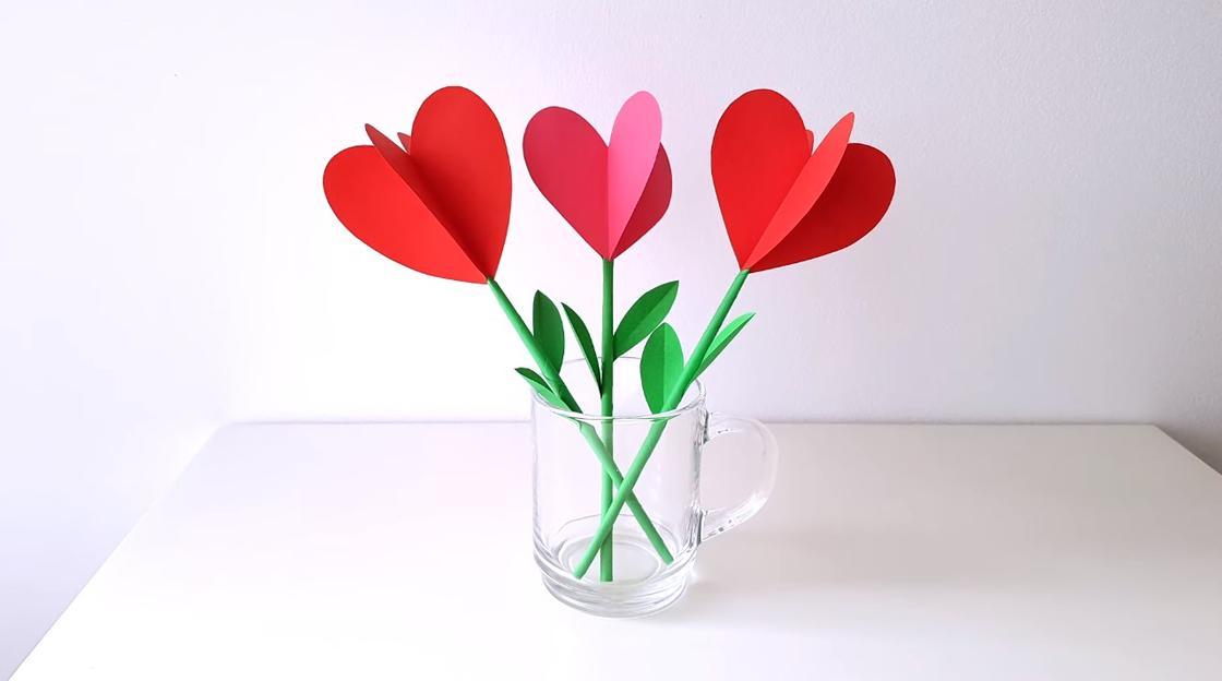 Тюльпаны в виде сердечек