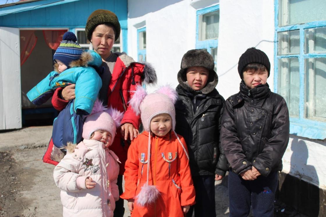 Еще три многодетные семьи Алматинской области обрели крышу над головой