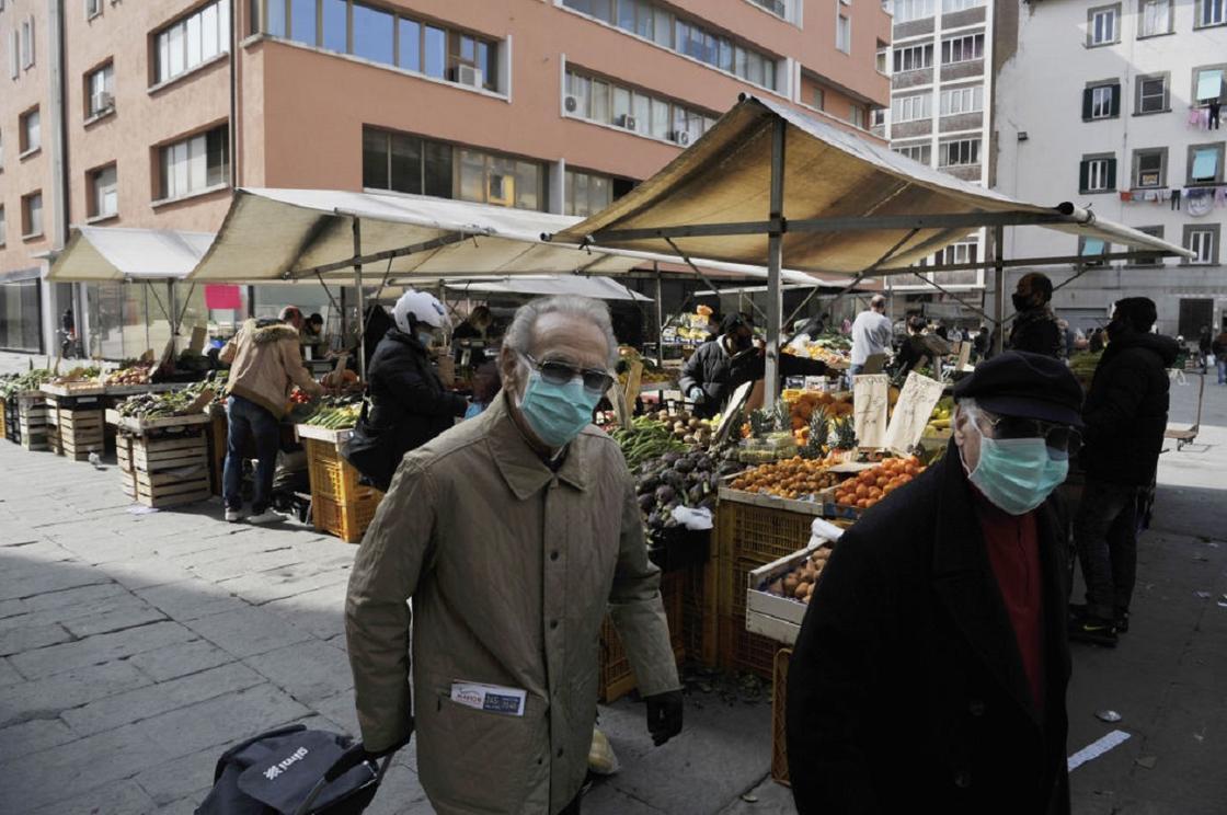 За время эпидемии коронавируса смертность в Италии выросла в несколько раз