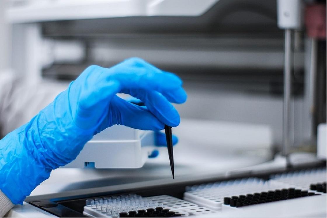 ДДСҰ басшысы әлемде COVID-19-ге қарсы 141 вакцина жасалып жатқанын айтты
