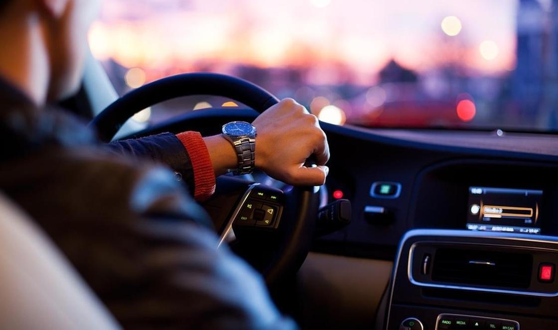 На каких авто будут ездить казахстанские министры после запрета иномарок