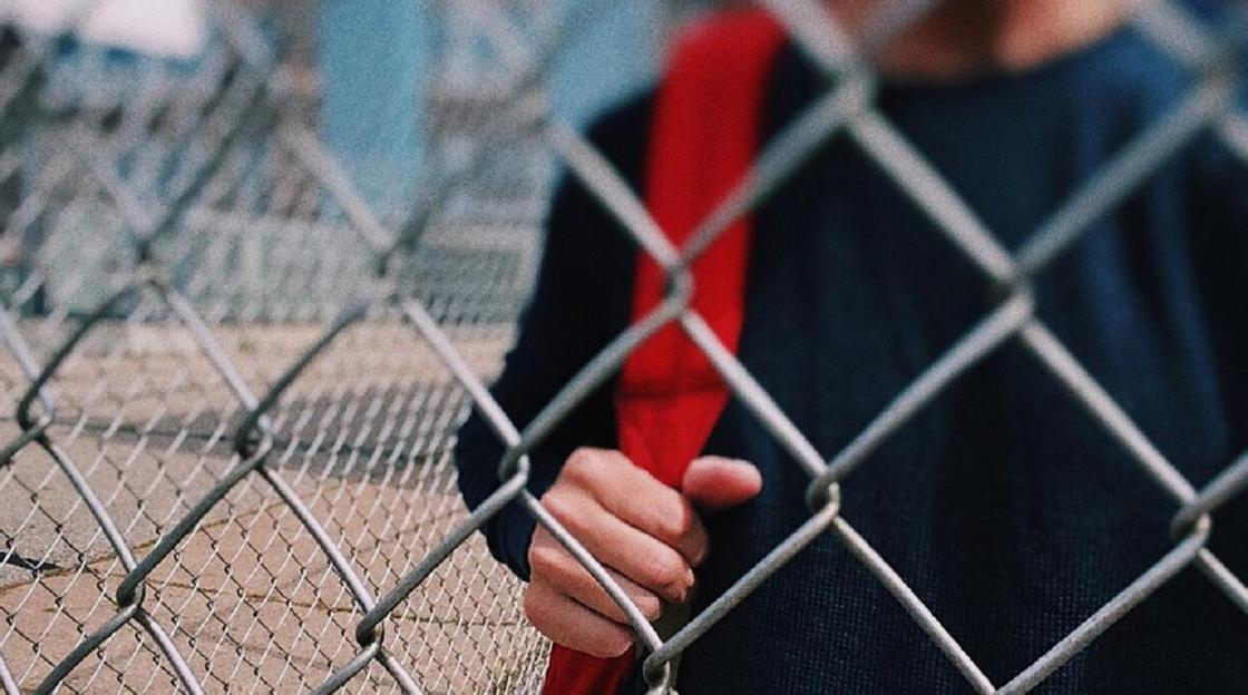 Что известно о зараженном коронавирусом 14-летнем школьнике в Семее