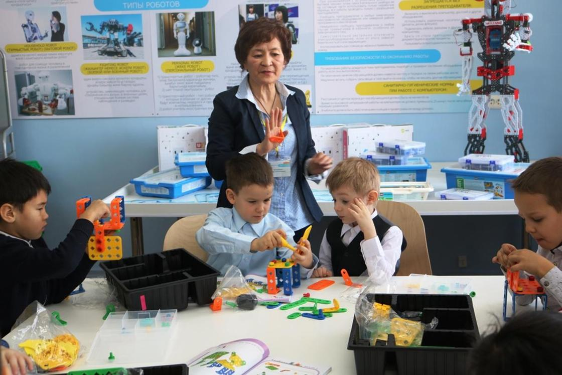 В Караганде открылся детский технопарк
