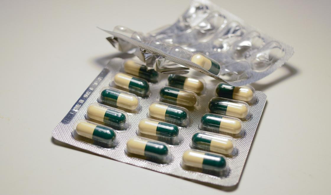 Какими препаратами лечат коронавирус в Казахстане