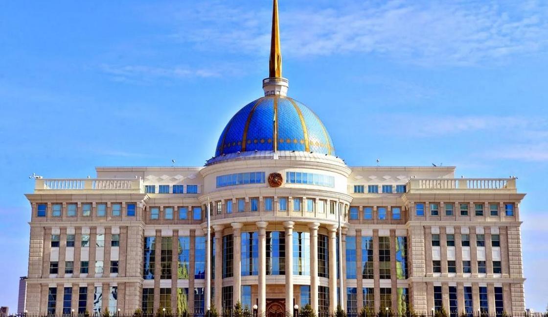 Токаев освободил Айтенова от должности заместителя управделами президента