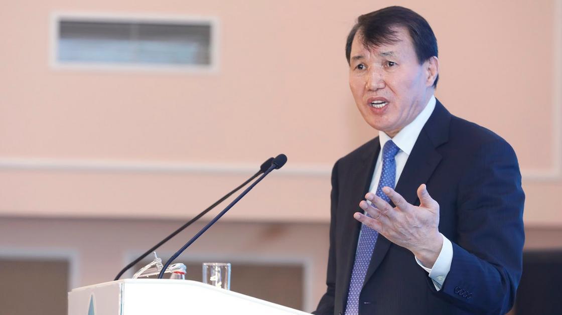 Шпекбаевтың отставкаға кетуі туралы ақпаратқа қатысты пікір білдірді