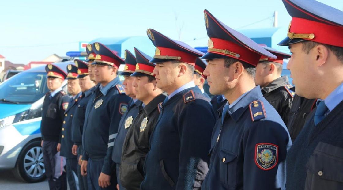 Казахстанским полицейским хотят сделать образ, как у дяди Степы
