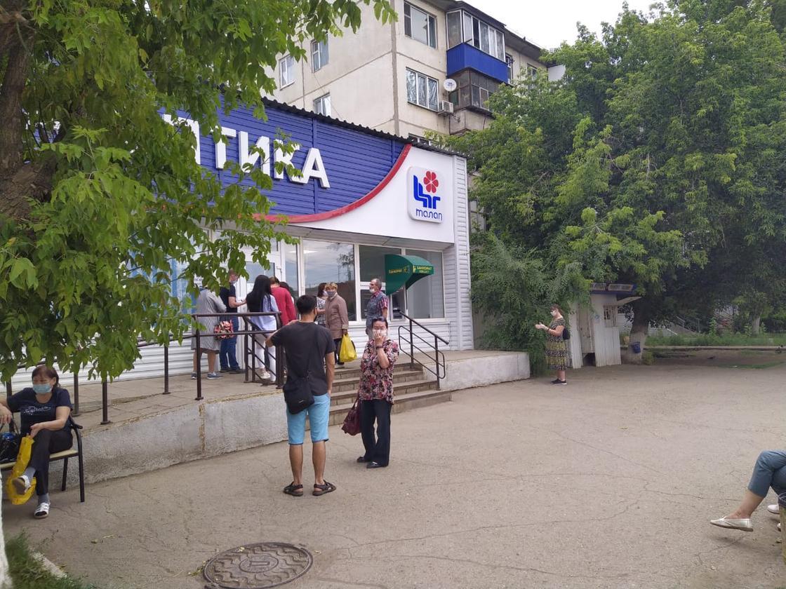 """Жара под 40 в ЗКО: """"скорые"""" работают в авральном режиме"""