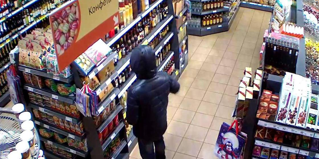 Виски, конфеты, сигареты и кофе похитил из супермаркета житель Жезказгана