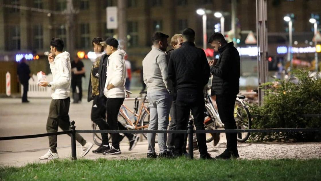 Беженцы превратили парк в центр наркоторговли и насилия в Германии