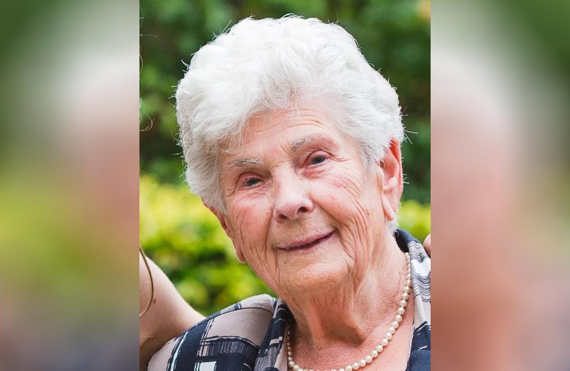 """""""Оставьте молодым"""": 90-летняя женщина умерла от коронавируса, отказавшись от ИВЛ"""