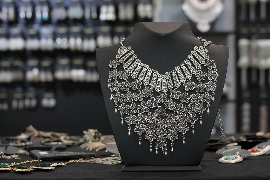 Ожерелье из серебра